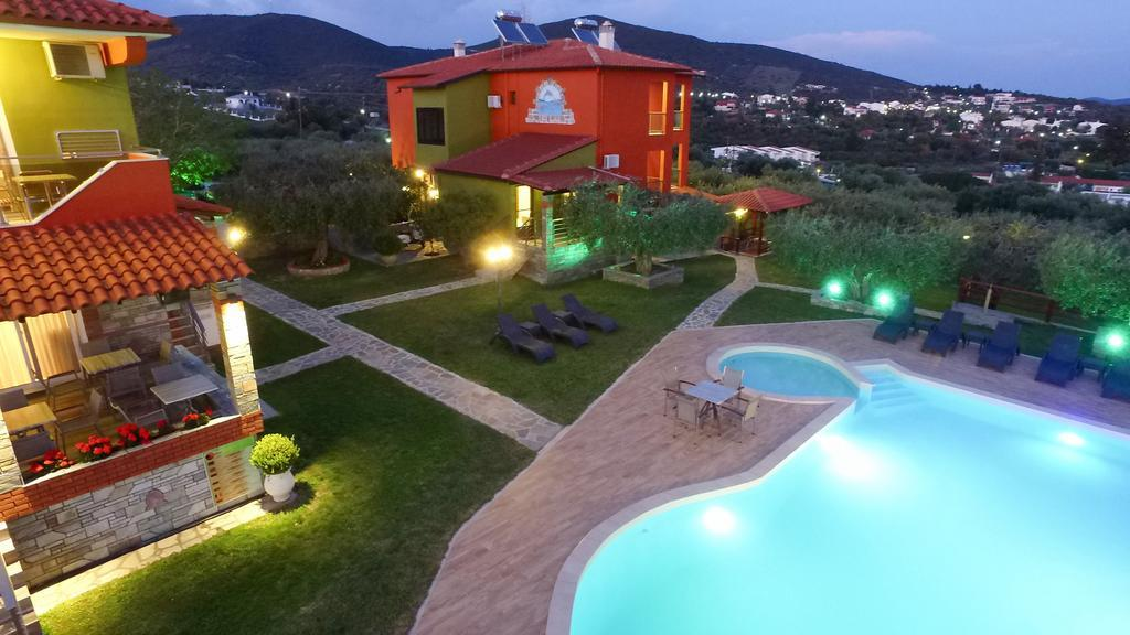 sunday-chillout-summer-resort-apartments-genel-003