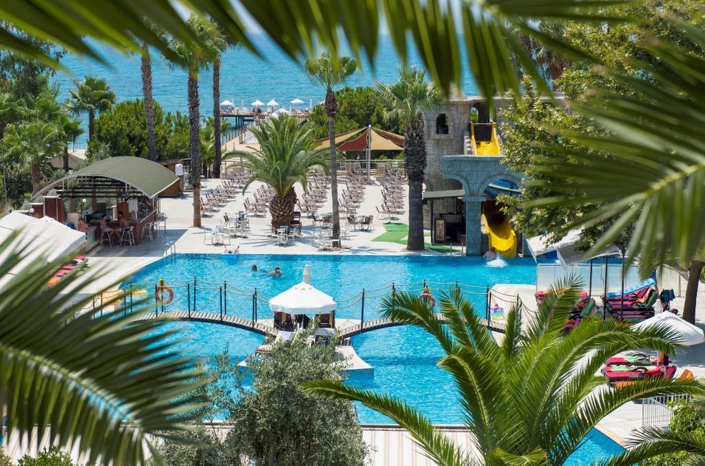 thalia-beach-resort-005