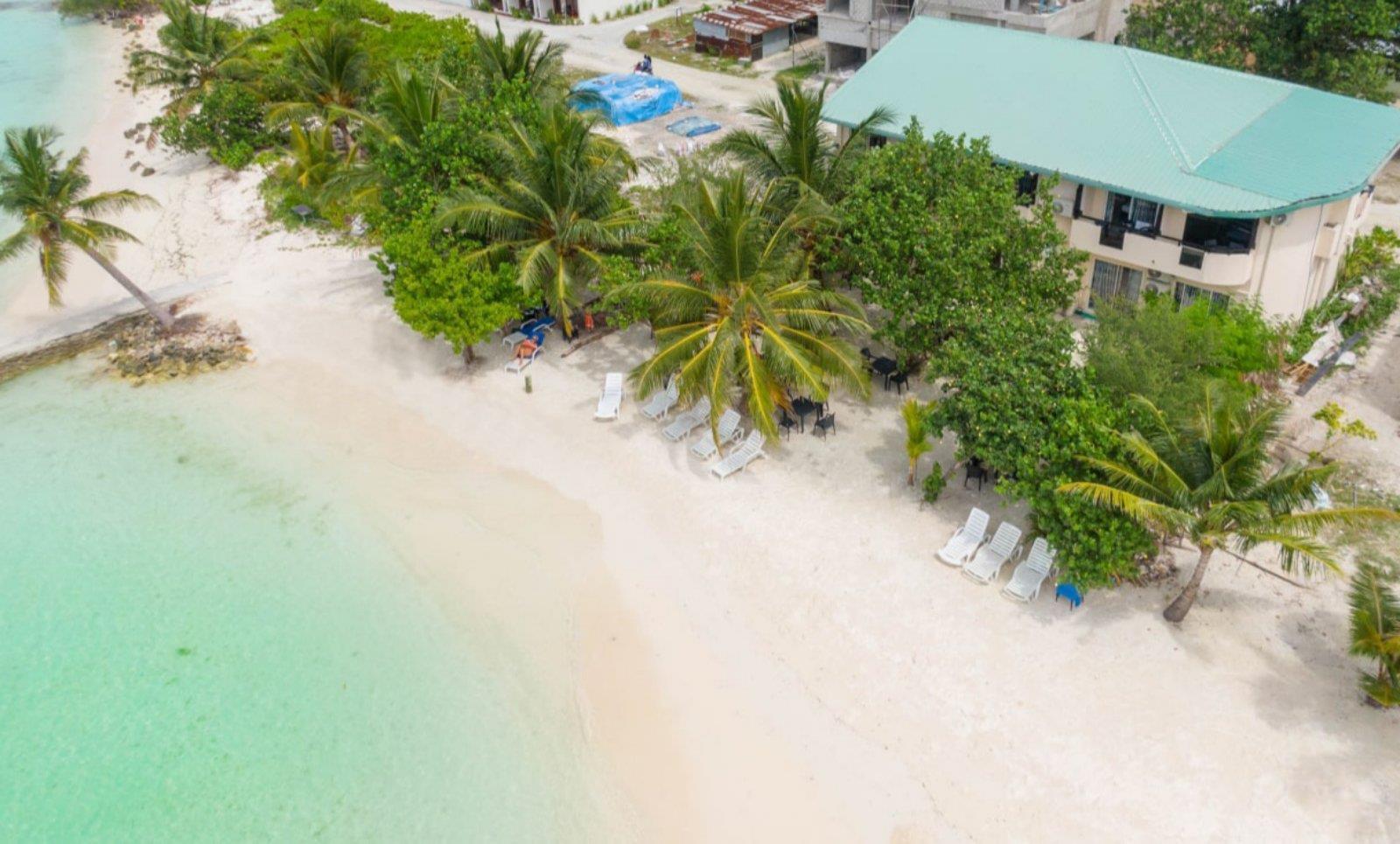 THE CROWN BEACH HOTEL