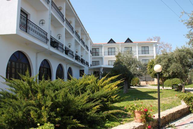 the-ship-inn-hotel-003