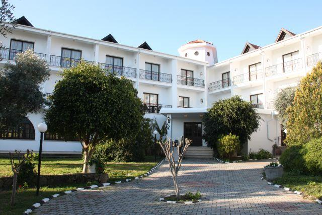 the-ship-inn-hotel-004