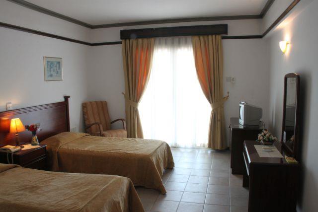 the-ship-inn-hotel-005