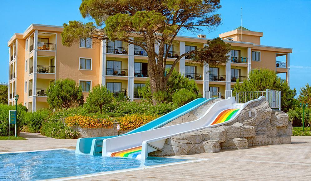 venezia-palace-deluxe-resort-013