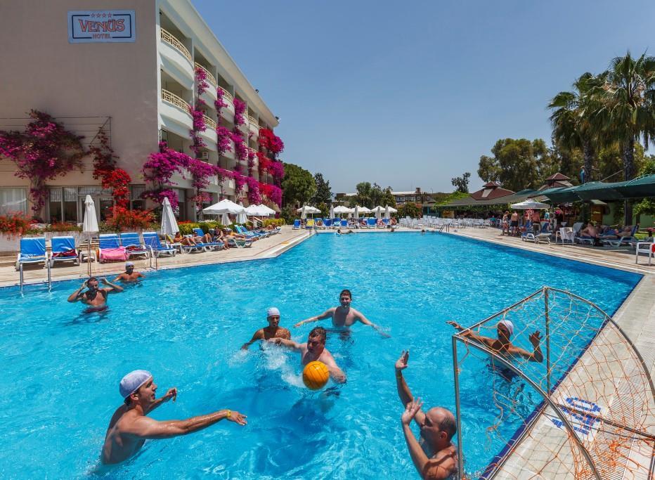 venus-hotel-000