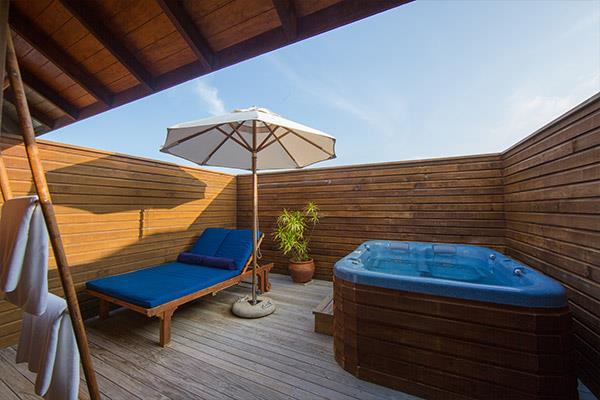 vilamendhoo-island-resort-genel-0013