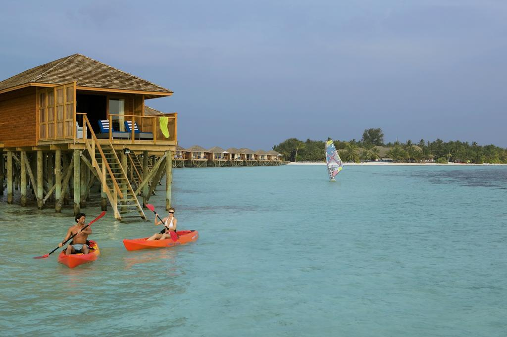 vilamendhoo-island-resort-genel-0021