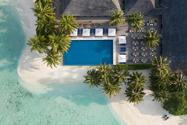 vilamendhoo-island-resort-genel-008