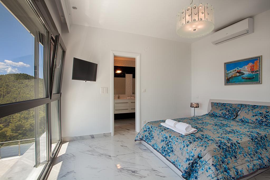 villa-white-pearl-sarti-genel-0031