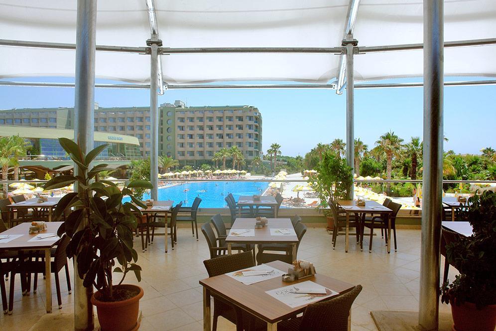 von-golden-coast-hotel-017
