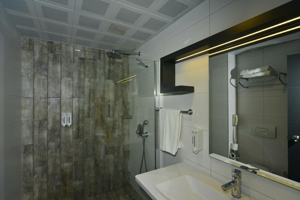 white-city-beach-hotel-genel-009