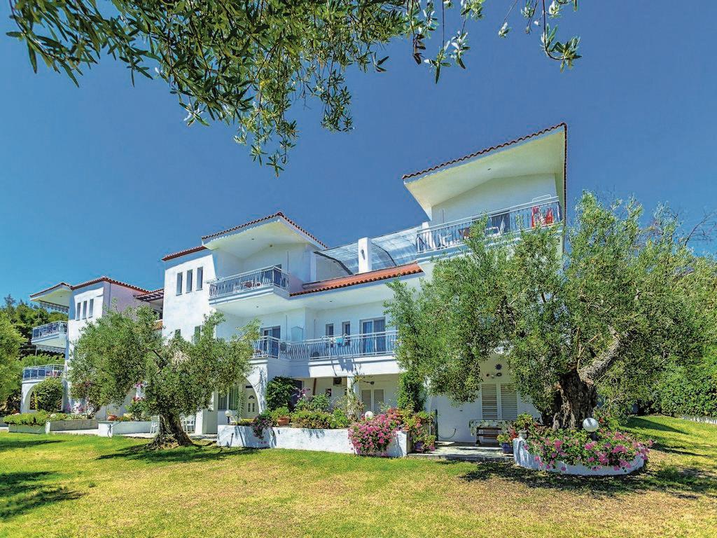 xenios-faros-apartments-genel-005