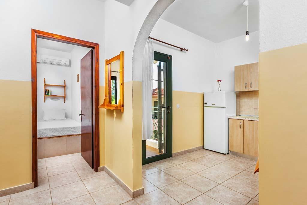 xenios-loutra-village-apartments-genel-0010