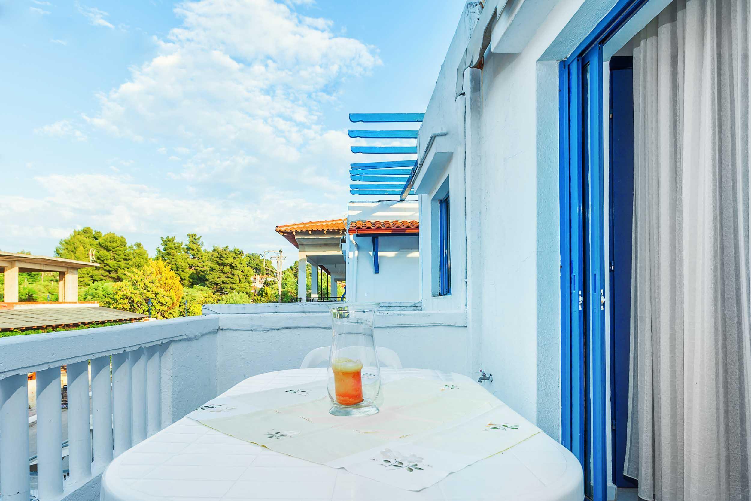xenios-loutra-village-apartments-genel-0012
